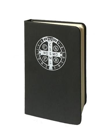 Zápisník: Benediktínsky kríž A6